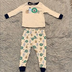 Toddler pajama set size 18 months